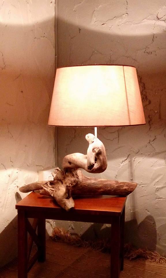 Luminaires en bois sculptés