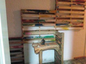 Table à repasser sculptée